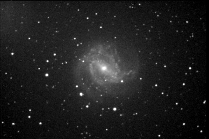 M83110429pm